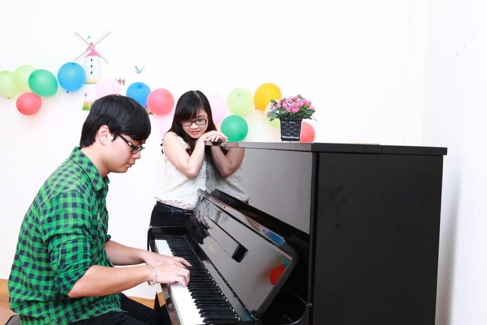 Linh hoạt trong việc chọn bài học mình thích là ưu điểm của khóa học Piano trực tuyến
