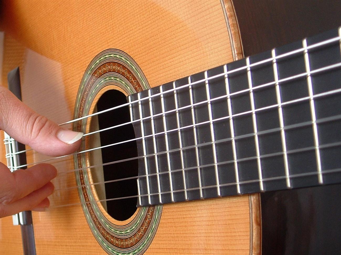 Bí quyết nâng cao khả năng chơi đàn guitar 2
